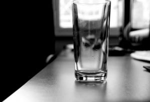 glass-1324585